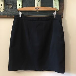 2/$25 Linden Grey Black Skirt with Pockets Size 18